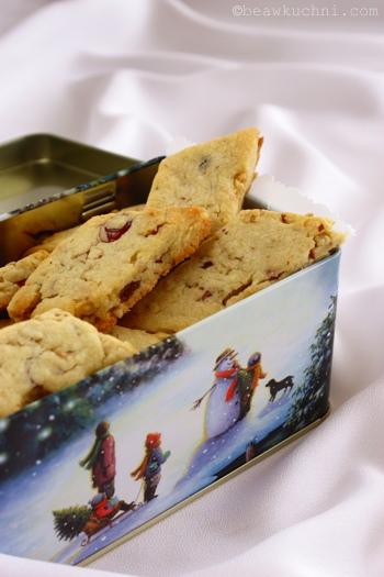 biscuits_pecans_cranb2