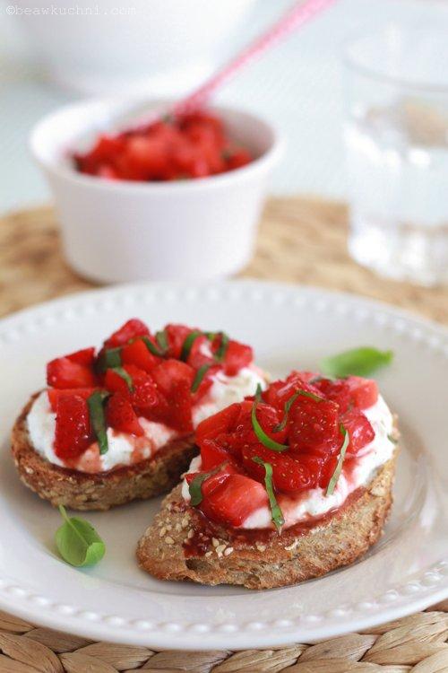 bruschette_fraises03