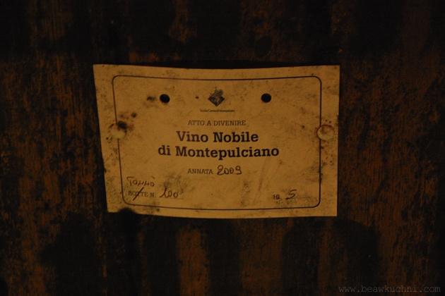 montepulc_piwnice_etykieta